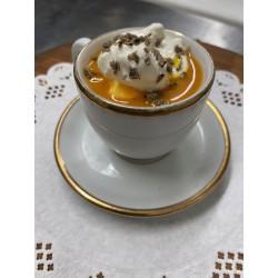 Le cappuccino de citrouille à l'huile de truffe